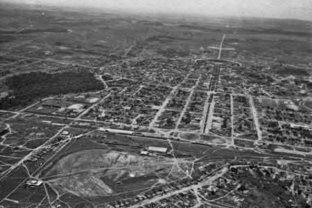 Estacao ferroviaria de Goiania anos 50