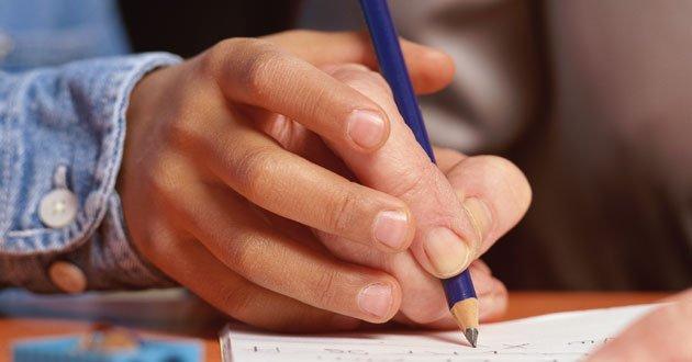 Queda do analfabetismo fica estagnada no país, aponta pesquisa do IBGE | Diário de Goiás