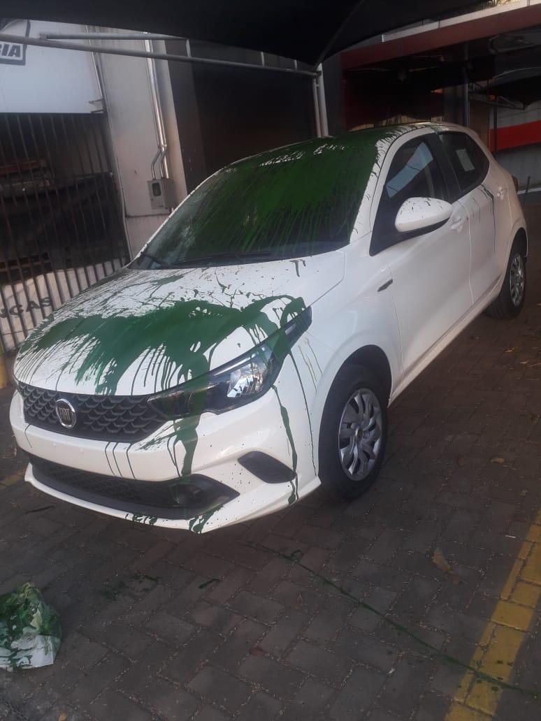 carro vandalo