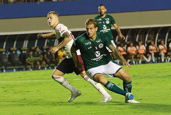 Apos 2 A 0 Goias Busca Reacao E Conquista Empata Diante Do Lider Flamengo Diario De Goias