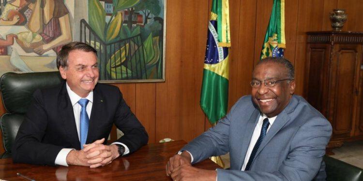 Bolsonaro anuncia novo ministro da Educação
